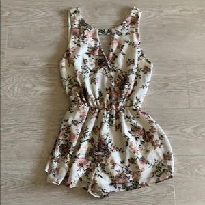 Pants - Cream flowered romper! In perfect condition